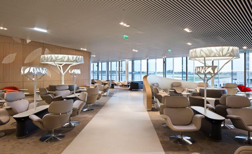 Air France / Relaxion Terminal 2 hall m