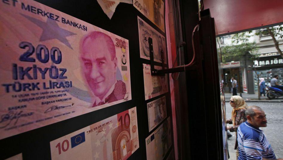 Türkische Lira: Erst im Sommer 2018 erreichte die türkische Lira ihr bisheriges Rekordtief gegenüber dem Dollar - heute wurde es durchbrochen