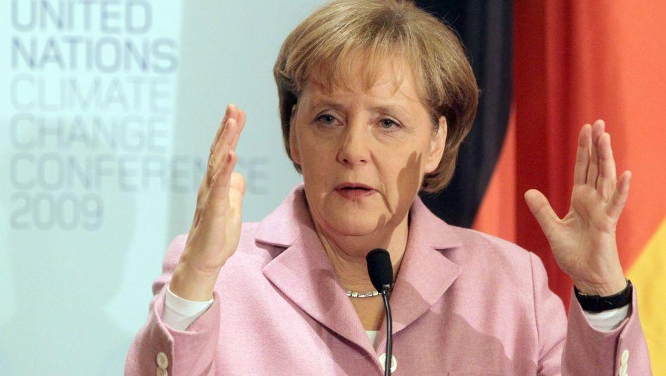 Bundeskanzlerin Angela Merkel: Geldwäsche auf Zypern als Hindernis für Euro-Hilfen zugunsten des Instelstaats