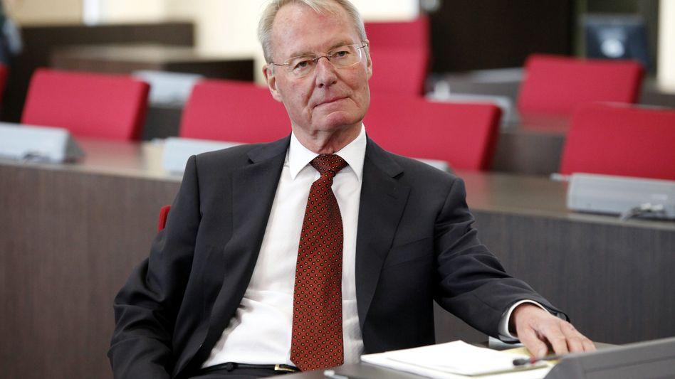"""""""Ernste Gefahren für die Akzeptanz der unverzichtbaren Europäischen Union"""" Der ehemalige BDI-Präsident Hans-Olaf Henkel richtet vor der Abstimmung über den EFSF mahnende Worte an Kanzlerin Merkel"""