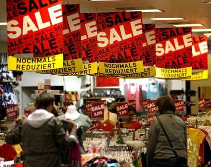Sommerschlussverkauf: Die Energiepreise steigen, die Binnenkonjunktur lässt nach