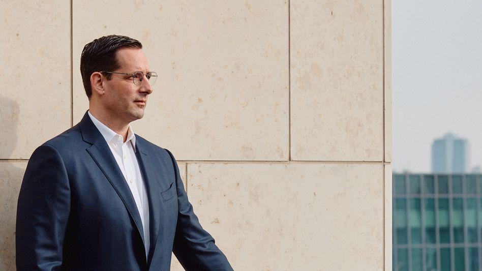 V-Mann: Normalerweise berät Alexander Geiser Vorstände. Nun muss er als Chef selbst eine weltumspannende Kommunikationsagentur ins Laufen bringen.