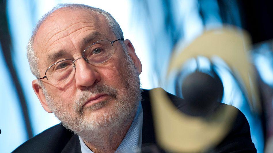 """Nobelpreisträger Joseph Stiglitz: """"Wenn es weiterhin so schlecht läuft, werden große Teile der Bevölkerung irgendwann vom wirtschaftlichen und sozialen Leben ausgeschlossen sein. Die Anfänge lassen sich bereits beobachten"""""""