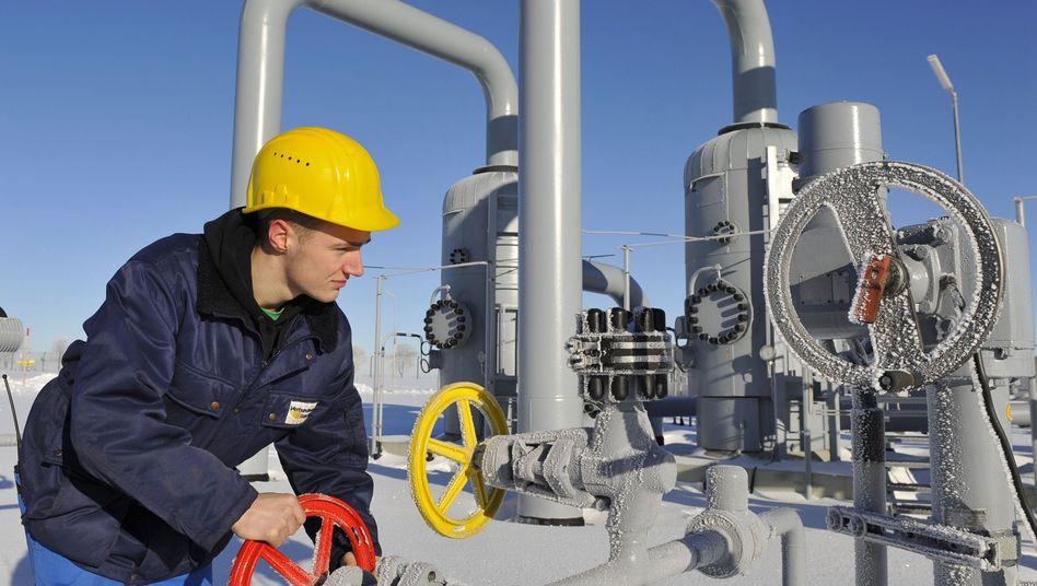 Geschwächtes Machtsymbol: Gashähne an der Verdichterstation des Gasimporteurs VNG an der deutsch-tschechischen Grenze