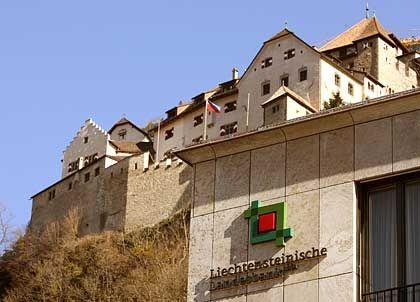 Datenraub: Mehr als 2325 Kontenbelege sollen im Mai 2005 bei der Liechtensteiner Landesbank entwendet worden sein