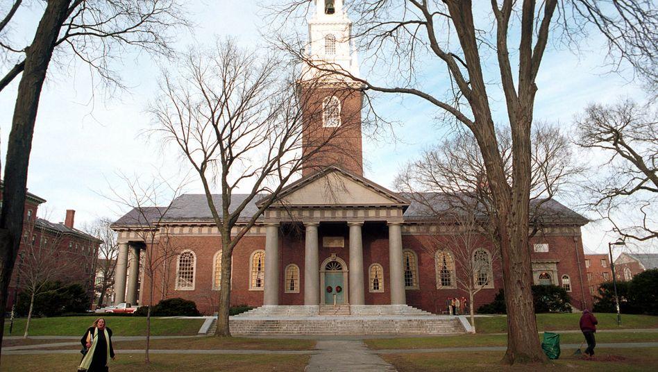 Edles Umfeld: Harvard gehört zur Ivy-League, zur Efeu-Liga, der besten Universitäten der Welt