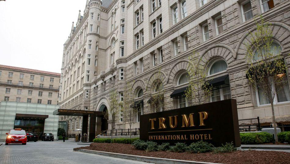 Trump International Hotel in Washington: Verquickt der US-Präsident Politik und Geschäfte?