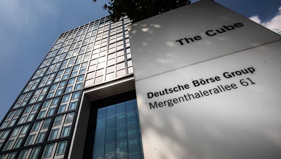 Cum-Ex-Skandal: Auch Büros der Deutsche-Börse-Tochter Clearstream wurden im Zuge der Ermittlungen durchsucht