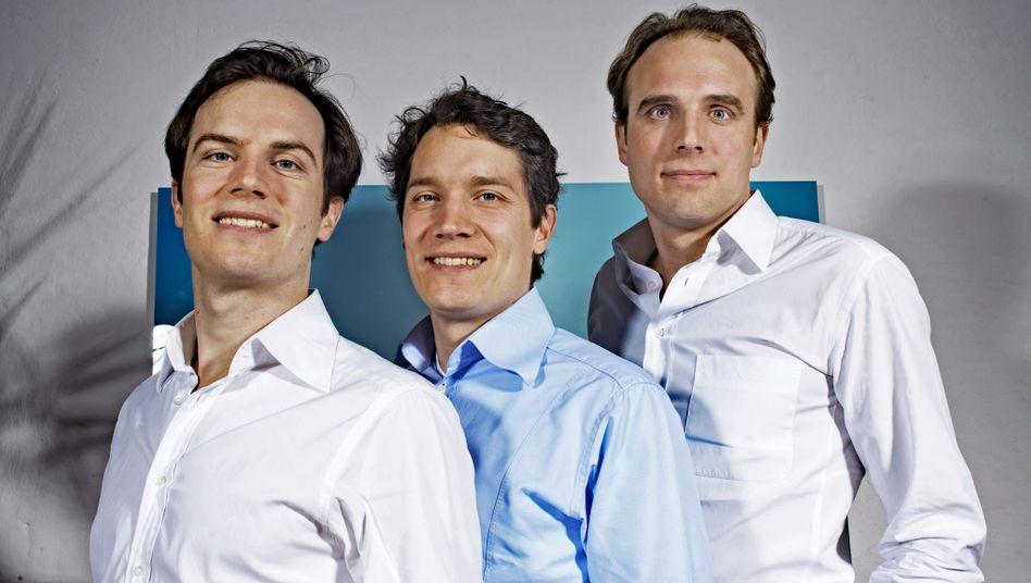 Die liebe Familie: Oliver Samwer (M.) mit Alexander (l.) und Marc
