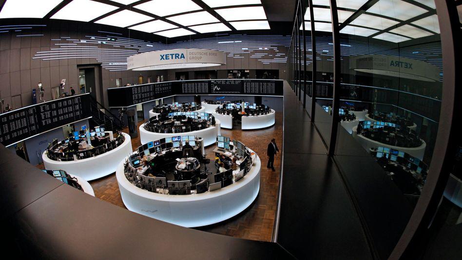 Trübsal an der Börse in Frankfurt: Der Dax fällt in Richtung 7200 Zähler