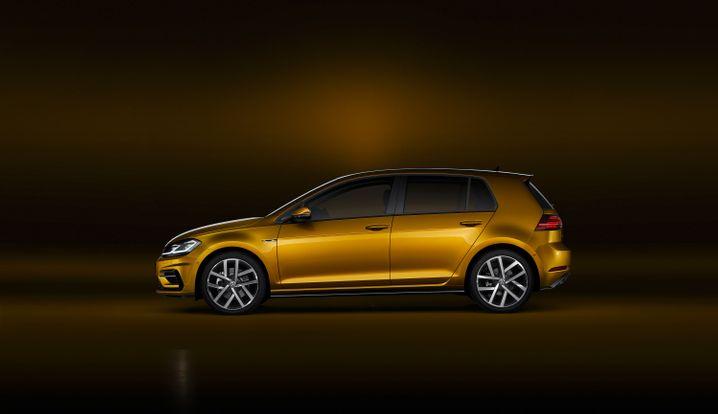 VW Golf: Er blieb auch 2016 Nummer 1 bei den Neuzulassungen, doch ganz so golden wie das Auto ist die Jahresbilanz nicht