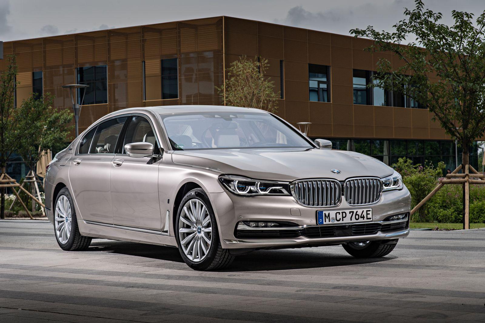 BMW 7er-Reihe 740E iPerformance