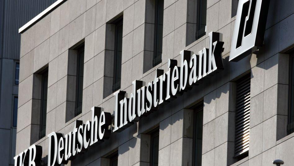 IKB-Gebäude in Düsseldorf: Aktionärsschützer hatten per Gerichtsverfahren eine Sonderprüfung durchgesetzt - nun geht der Streit um mögliche Pflichtverletzungen ehemaliger IKB-Vorstände und Aufsichtsräte weiter
