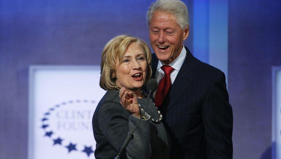 Besser vernetzt geht nicht: Bill und Hillary Clinton.