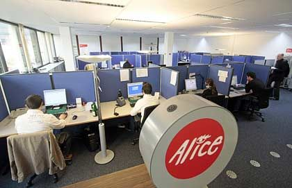 Hansenet-Marke Alice: Die kleineren DSL-Anbieter leiden derzeit unter dem massiven Konkurrenzdruck der großen Konzerne