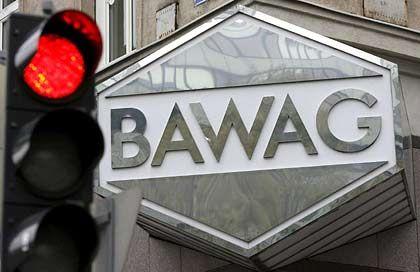 Alarmsignal für Österreichs Gewerkschaftsbank: Die Bawag versinkt im Finanzskandal