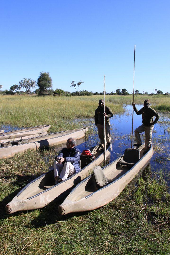 Ein Mokoro-Ausflug ist ein Muss im Okavango-Delta