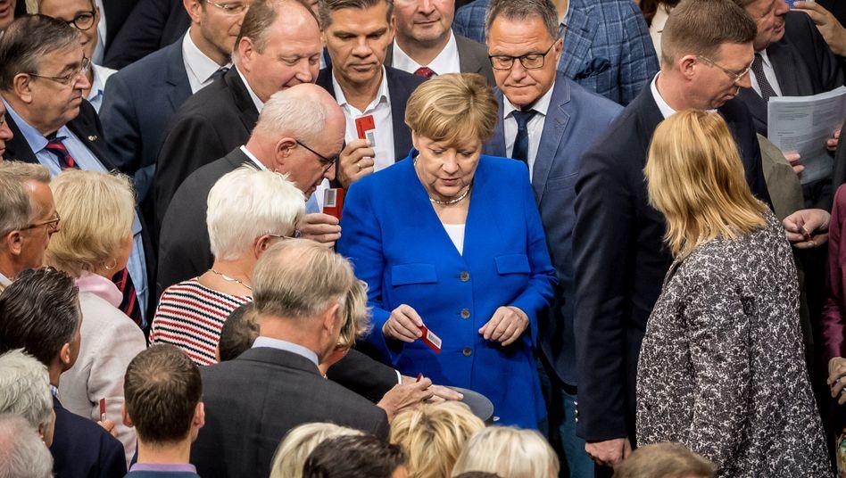"""Bundeskanzlerin Angela Merkel hat am Freitag mit """"NEIN"""" und damit gegen die """"Ehe für alle"""" gestimmt"""