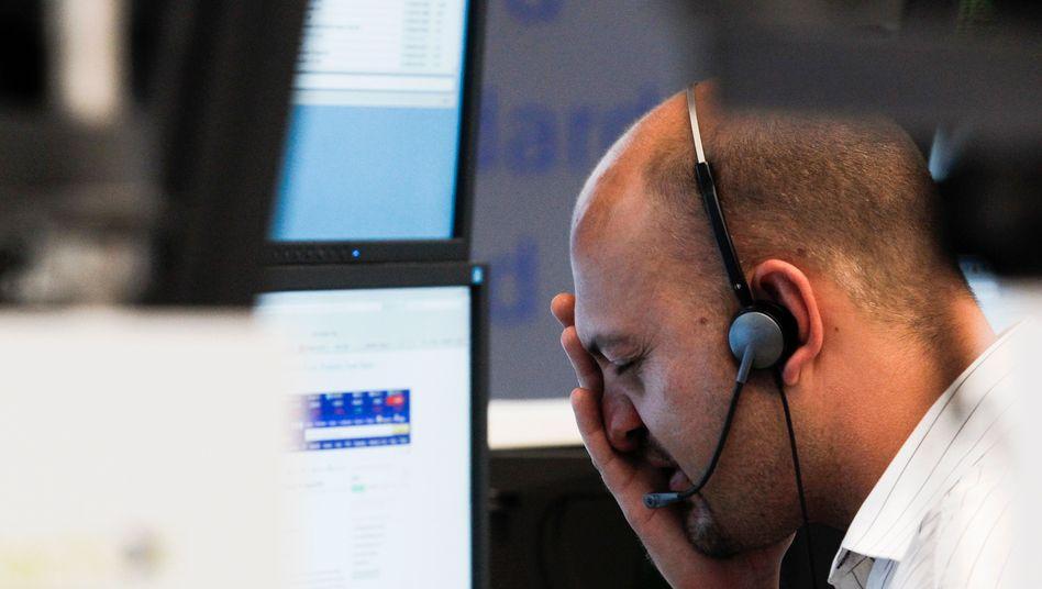Händler in Frankfurt: Die Sorge um Griechenland lässt Anleger nicht los