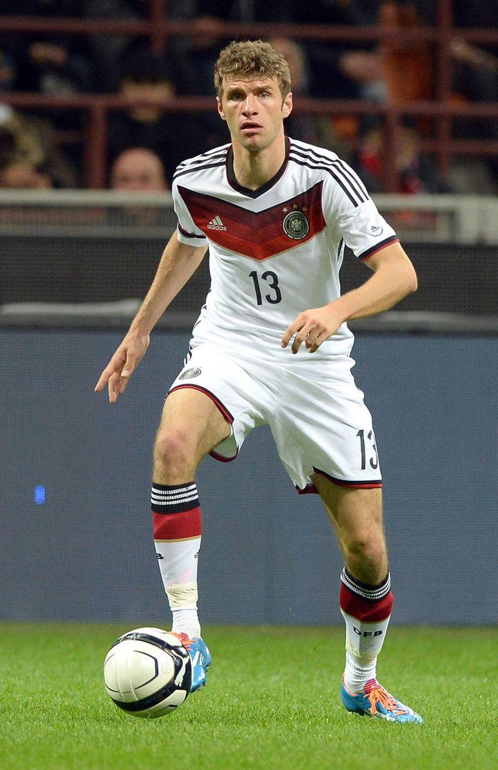 Topseller für Adidas: Ein Erfolg der DFB-Stars wie Thomas Müller könnte die Trikotverkäufe beflügeln