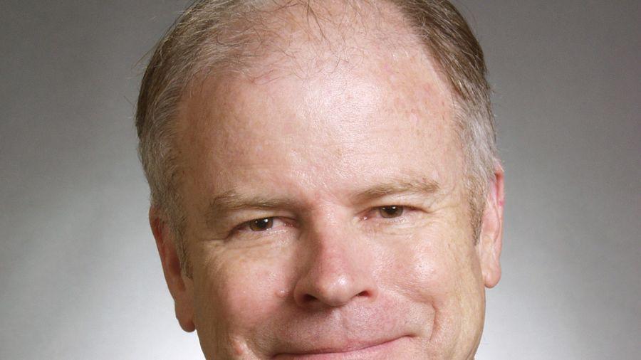John Carey ist Fondsmanager bei Pioneer Investments und verwaltet dort unter anderem den U.S. Pioneer Fund. Der ist der drittälteste Fonds der USA - und John Carey erst dessen dritter Fondsmanager