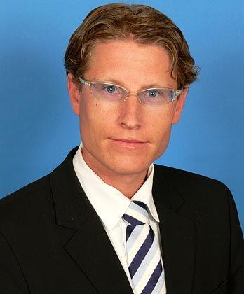 Bernd Berg ist Senior Consultant im Bereich Financial Services der Firma Bearingpoint, eine der weltgrößten globalen Management- und Technologieberatungsfirmen. Berg gilt als Finanzmarkt- und Hedgefondsexperte, der unter anderem Bücher zum Thema Hedgefonds veröffentlichte