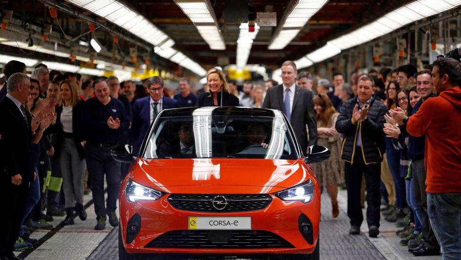 """Blitz unterm Stern: Opel (hier der neue elektrische Opel Corsa) gehört künftig zu """"Stellantis"""""""