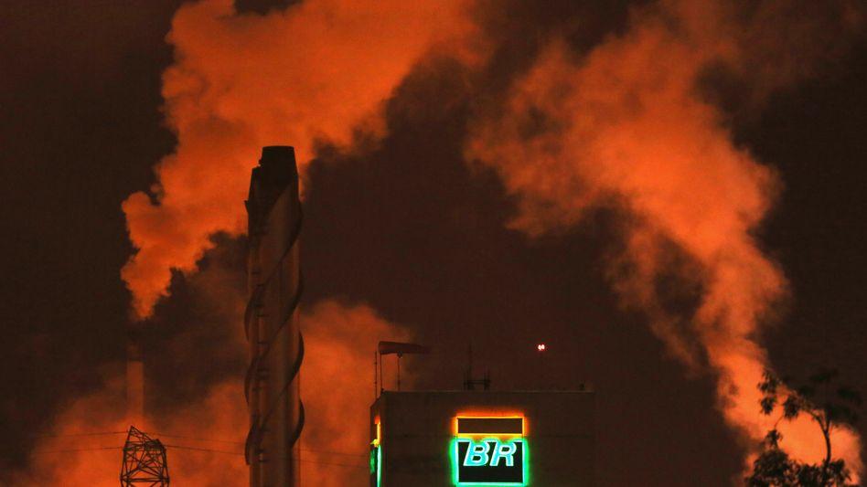 Raffinerie von Petrobras: Der einstige Anlegerliebling gilt jetzt als Ramsch-Investment