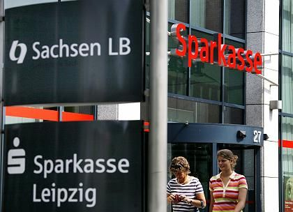 SachsenLB: Mit riskanten Geschäften Rendite retten