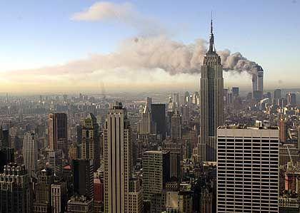 Schock für die Welt - Das Wahrzeichen von New York in Flammen