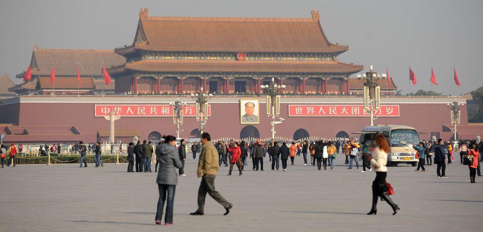 Platz des himmlischen Friedens in Peking: Die chinesische Führung hat offenbar Sorge um das Wirtschaftswachstum des Landes