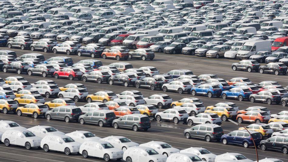 Auto-Lobbyist Scheuer: Es gibt halt so viele neue Autos - und die müssen vom Hof, notfalls mit Steuergeld