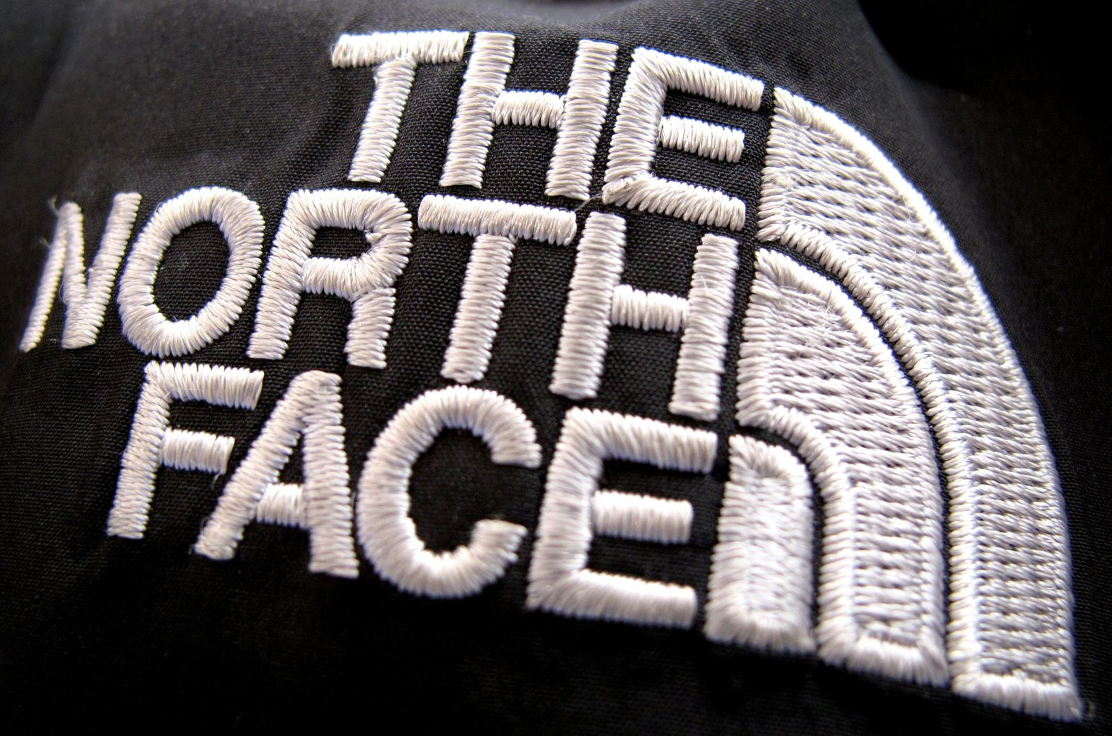 The North Face stoppt Werbung auf Facebook