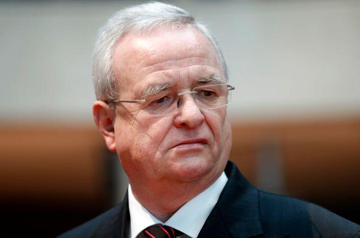 Tiefer Fall: Der frühere VW-Chef Martin Winterkorn ist wegen uneidlicher Falschaussage im Untersuchungsausschuss des Bundestages angeklagt