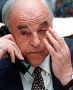 Helmut Kohl: Will er den Schaden durch erneutes Spendensammeln begrenzen?