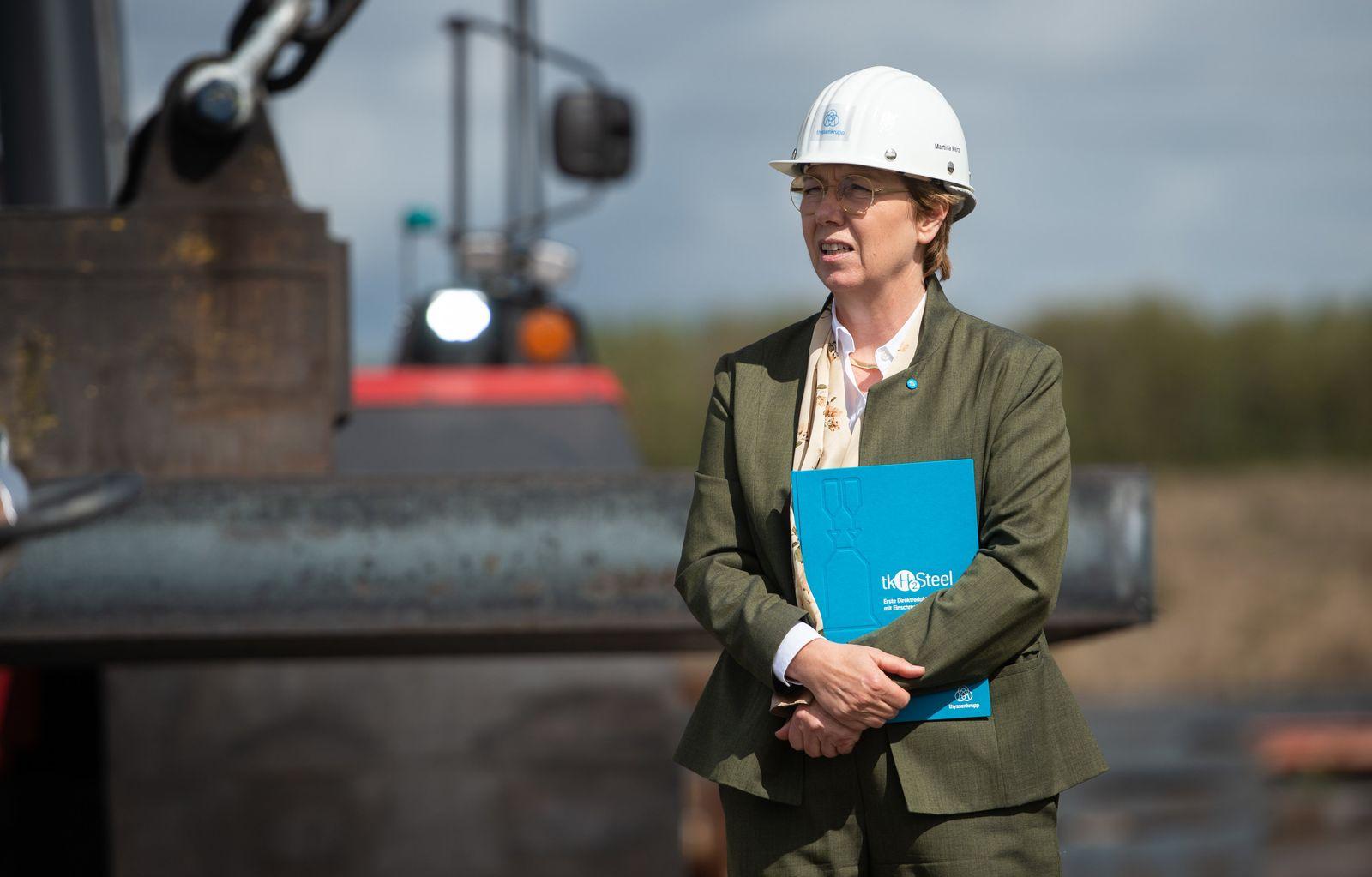 Bundeswirtschaftsminister Altmaier besucht Stahlwerk