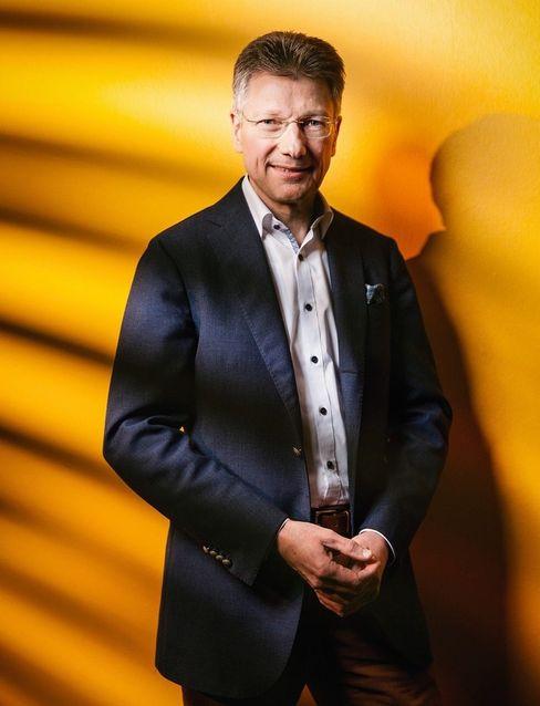 Hilflos in Hannover: Elmar Degenhart war bis 2018 sehr erfolgreich als Conti-Chef. Seitdem kommt er immer zu spät: beim Sparen und beim Umsteuern in die neue Autowelt.