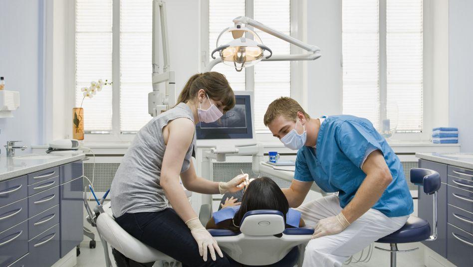 Rückzug aus den Zahnarztpraxen: Heraeus verkauft sein Dental-Geschäft