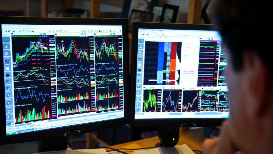 Daytrader bei der Arbeit (Archivfoto): Die Jagd nach dem Börsenerfolg