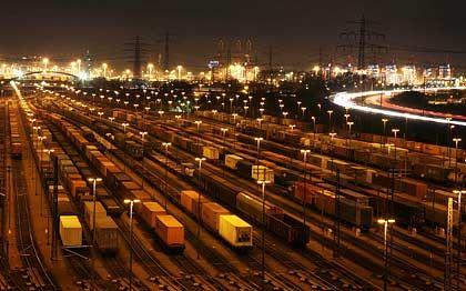 Unendliche Geschichte: Die Entscheidung über eine Bahn-Privatisierung zieht sich weiter hin