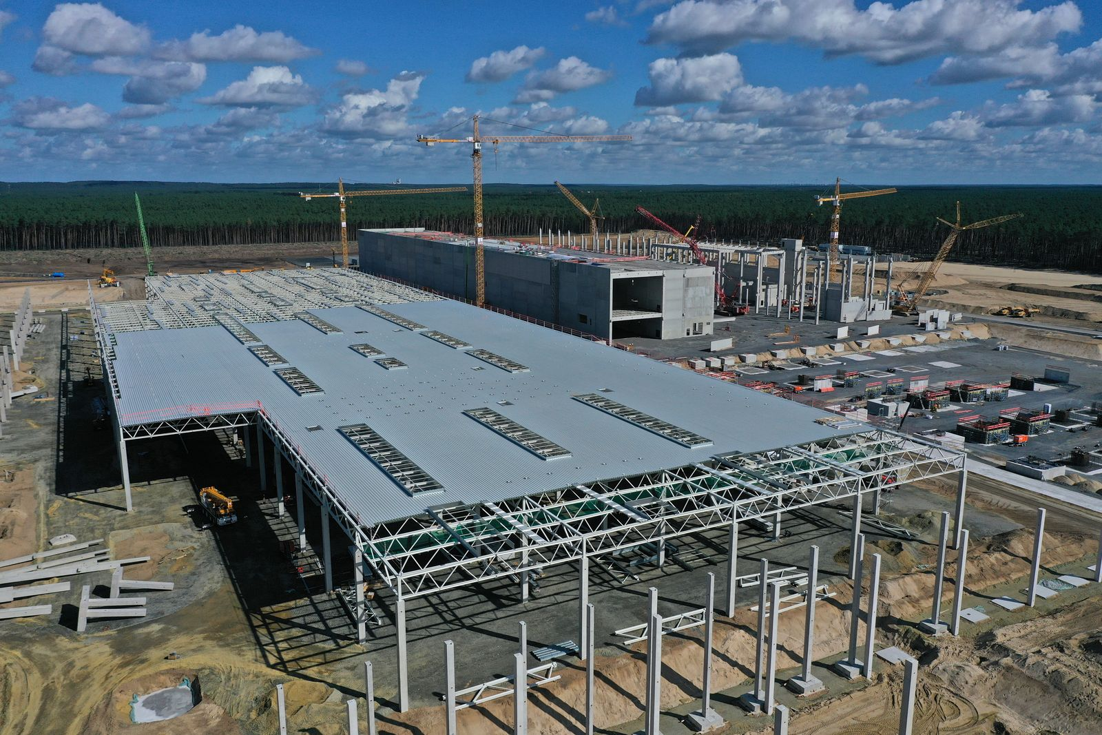 *** BESTPIX *** Aerial Views Of New Tesla Gigafactory Construction Site