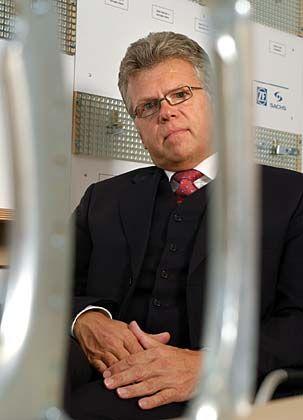 Egoproblem elegant gelöst: Horst Wiedmann, Herr über die Beschaffung von Automobilzulieferer ZF Friedrichshafen, hat seine Einkaufsleiter auf das Gemeinwohl eingeschworen