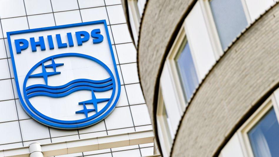 Philips-zentrale Amsterdam: Der Teilverkauf des Lichtgeschäfts , das auch in den USA ansässig ist, an einen chinesischen Investor, scheint der US-Regierung zu missfallen. Der Vorstand zeigt sich von den Einwänden nach eigenen Worten völlig überrascht
