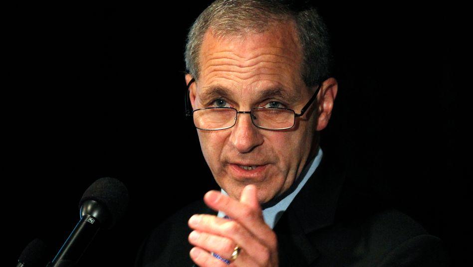 Louis Freeh: Ein Gericht hat den ehemaligen Chef der US-Bundespolizei als Zeugen und Gutachter in einem Prozess gegen Volkswagen abgelehnt.
